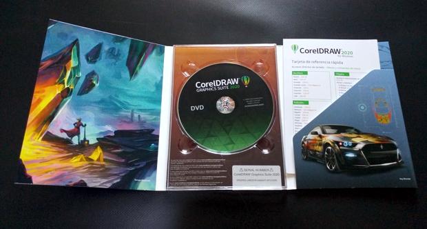 CorelDRAW en DVD con hoja de referencia rápida